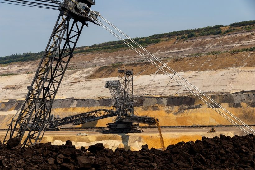 Congo mines minister to meet with firms on confinement moratorium