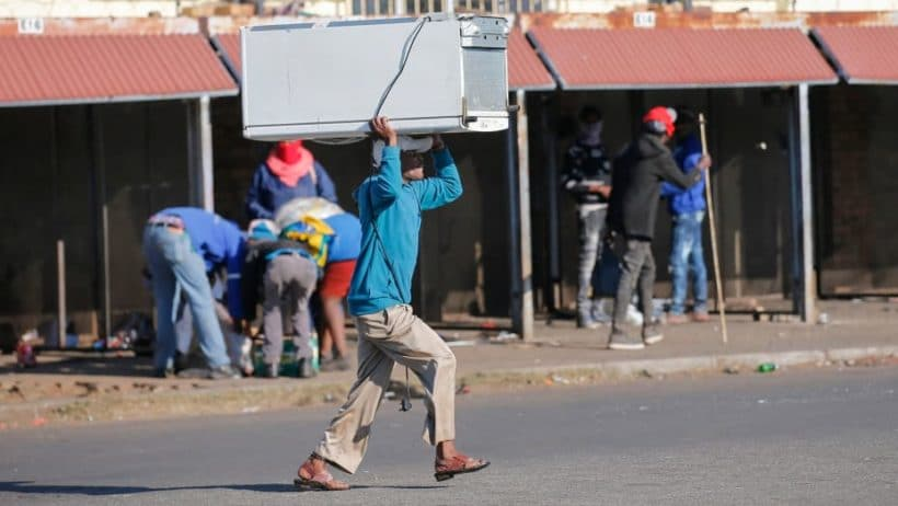 Photos show South Africa riots in the wake Jacob Zuma arrest